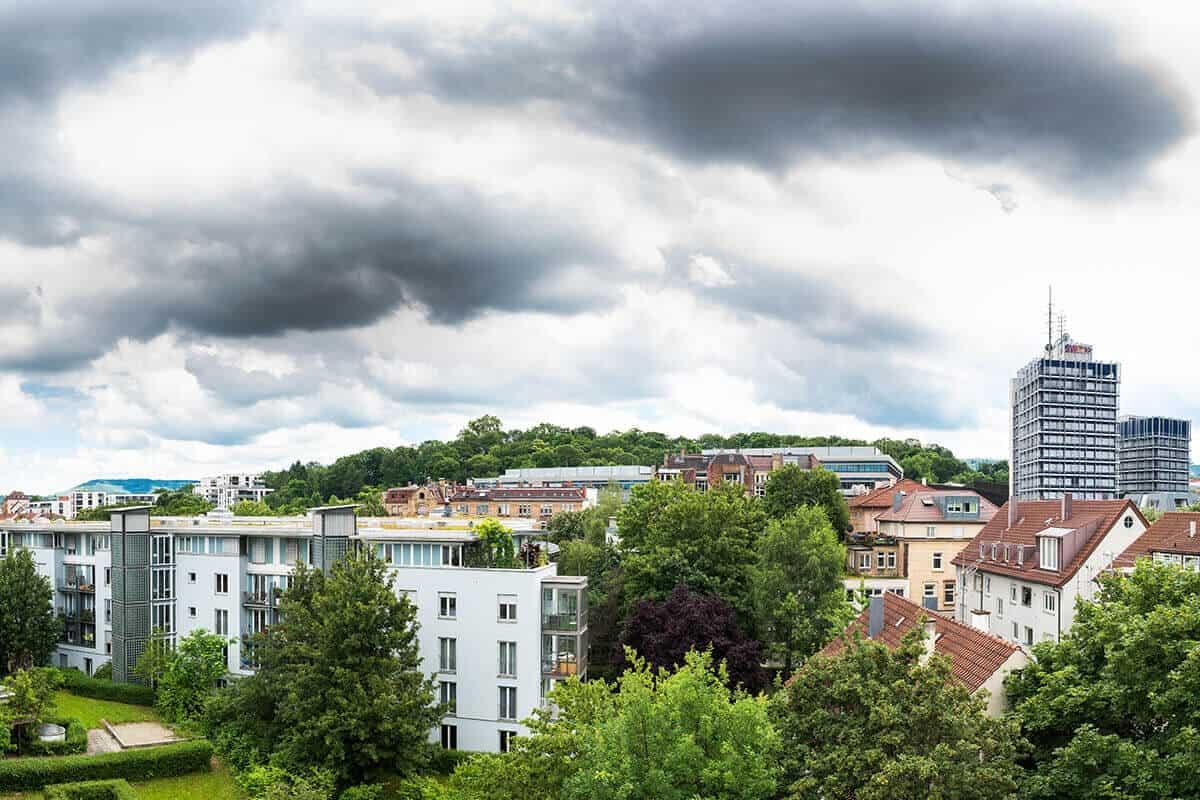 Blick von Agentur auf Park Villa Berg in Stuttgart